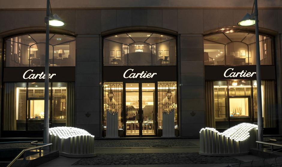 У бутика Cartier на Петровке появилась инсталляция из кактусов | галерея [1] фото [5]