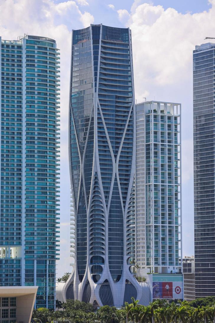 Первый жилой небоскреб по проекту Zaha Hadid Architects в Майами (фото 2)