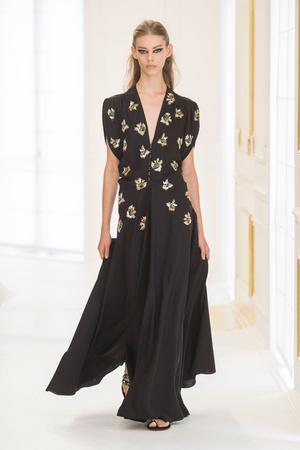 Показ Christian Dior коллекции сезона Осень-зима 2016-2017 года Haute couture - www.elle.ru - Подиум - фото 607089