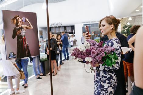 Открытие фотовыставки «Люди и Птицы» в Смоленском пассаже | галерея [1] фото [1]