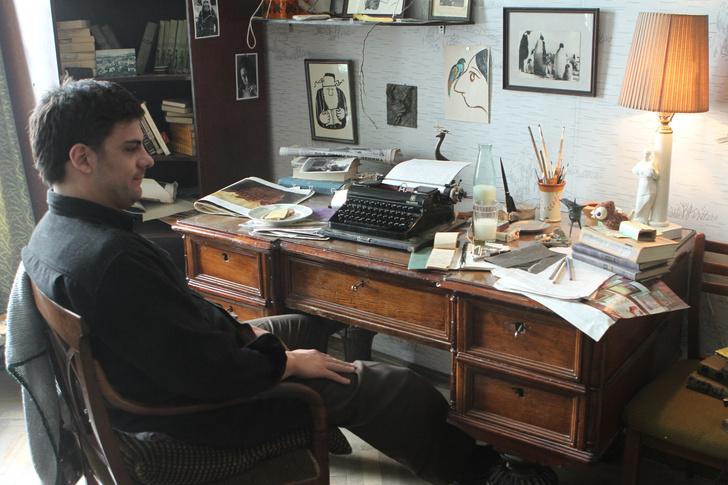 Интерьер из фильма: «Довлатов». Интервью с Еленой Окопной (фото 20)