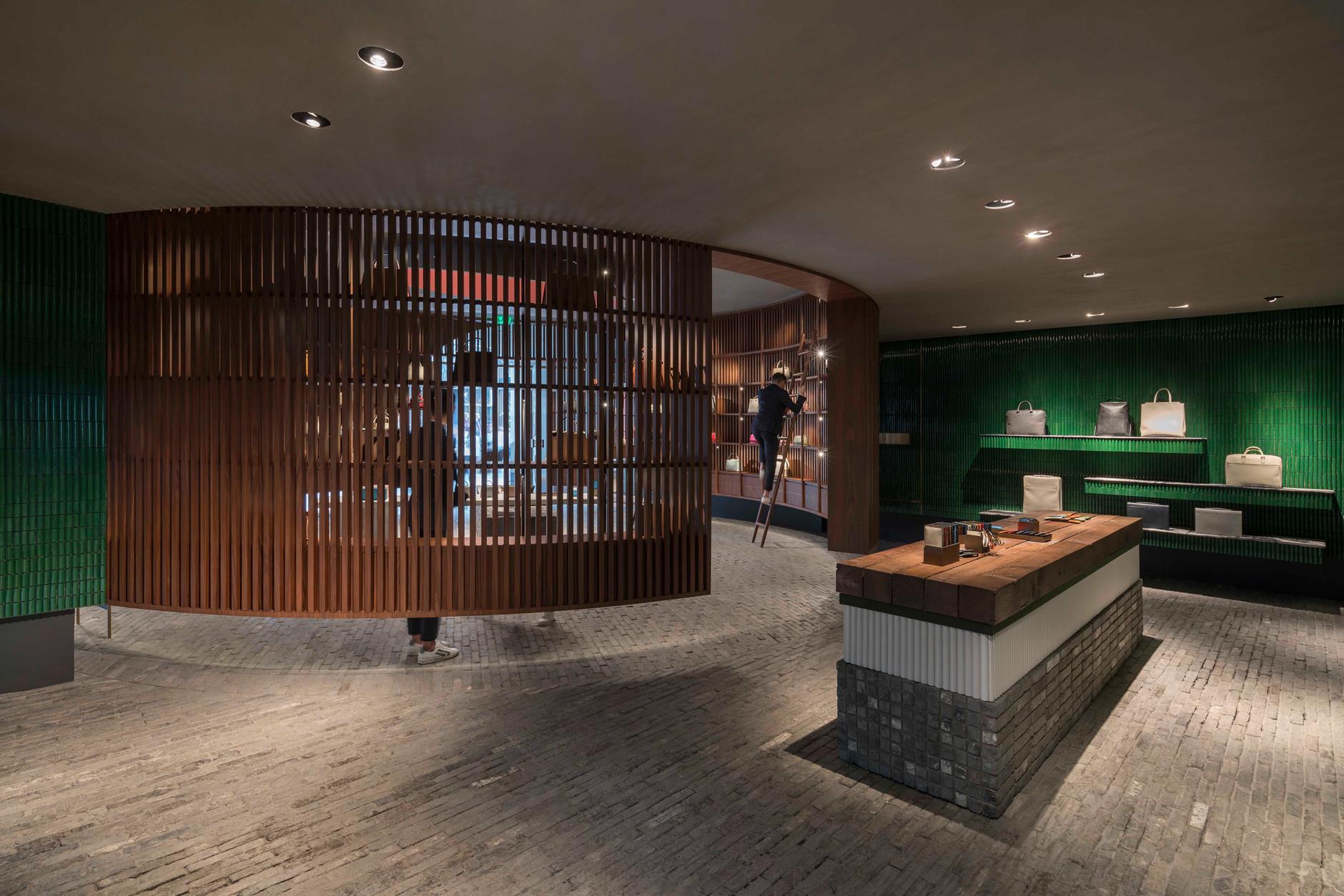 Дизайнерский бутик Valextra в Китае (галерея 6, фото 0)