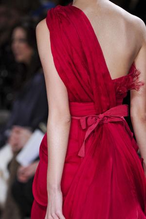 Показ Elie Saab коллекции сезона Весна-лето 2011 года Haute couture - www.elle.ru - Подиум - фото 216990