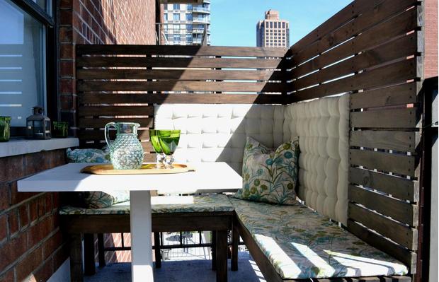Лето в городе: 15 идей для уютного балкона (фото 19)
