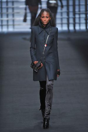 Показ Karl Lagerfeld коллекции сезона Осень-зима 2009-2010 года prêt-à-porter - www.elle.ru - Подиум - фото 99136