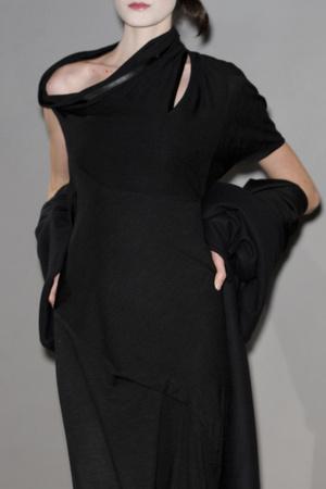 Показ Atelier Gustavo Lins коллекции сезона Весна-лето 2011 года haute couture - www.elle.ru - Подиум - фото 216672