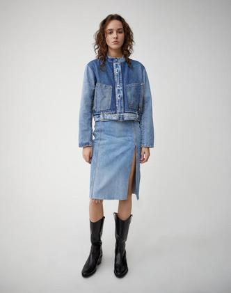Всего одна юбку на весну — джинсовая миди, как носили наши мамы (фото 10.1)
