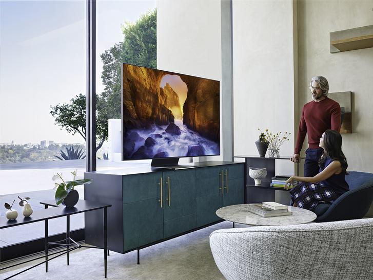В центре внимания: телевизоры Samsung QLED 2019 (фото 1)