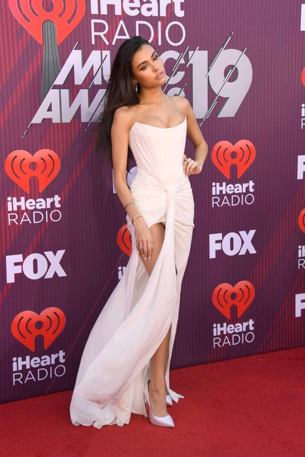 Тейлор Свифт в «чешуе», Хайди Клум в «леопарде» и Backstreet Boys в полном составе на iHeartRadio Music Awards (фото 6)