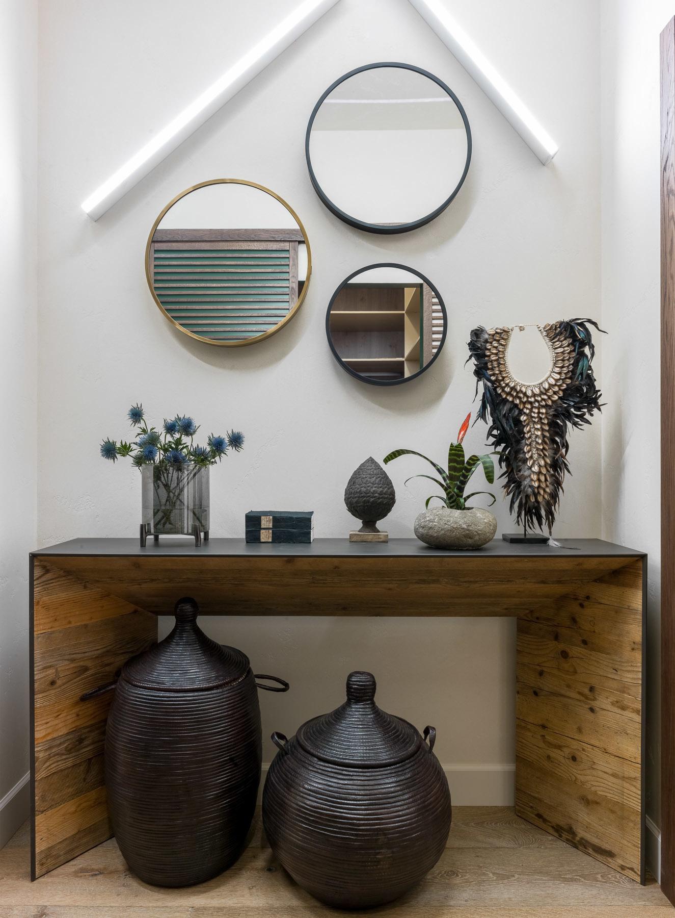 Зеркала в прихожей: 15 стильных решений (галерея 0, фото 0)