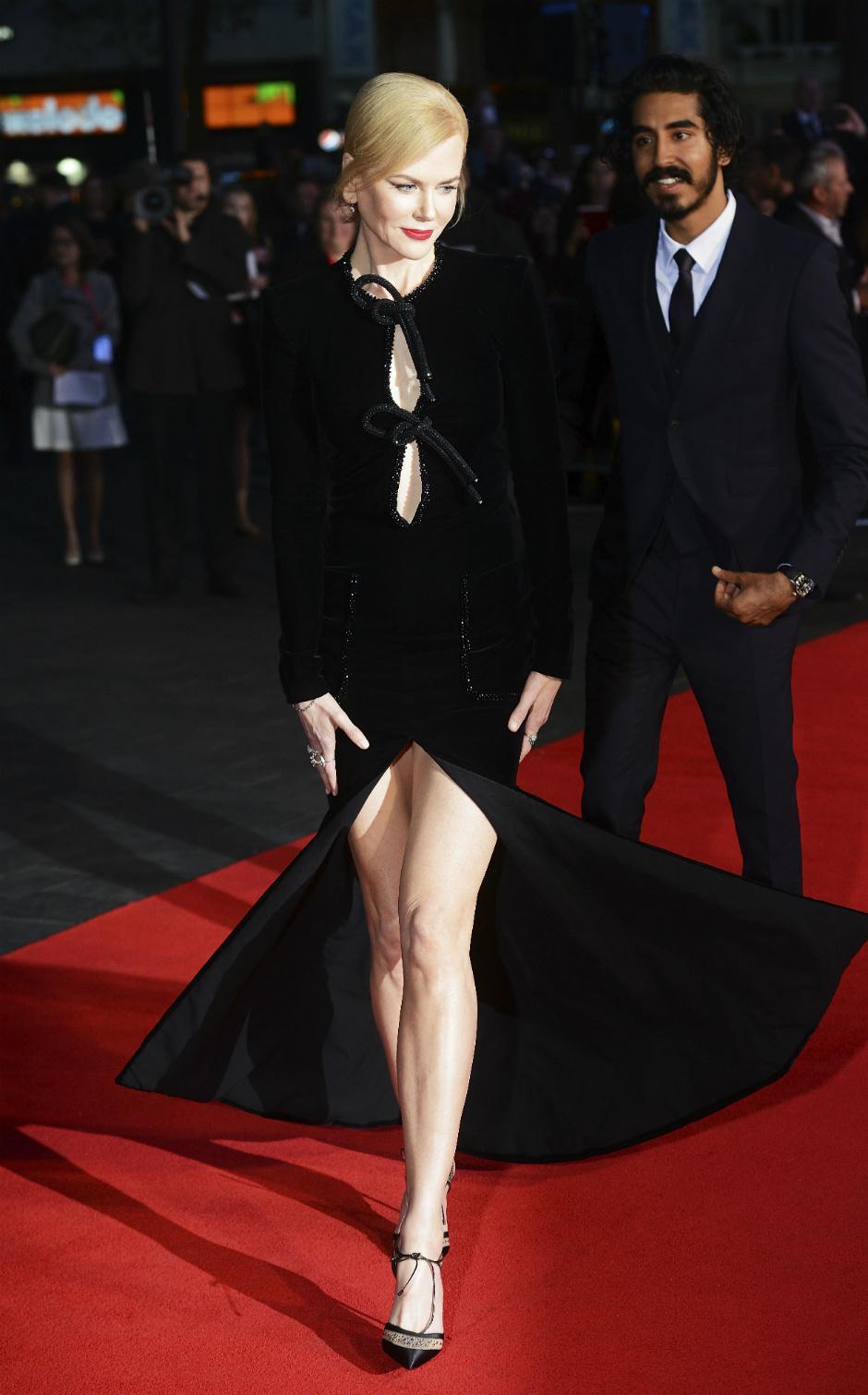 Платье от николы