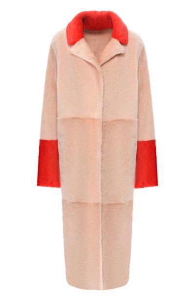 Мех, деним и лак: 20 курток и шуб, которые нужны вам этой зимой (галерея 0, фото 0)