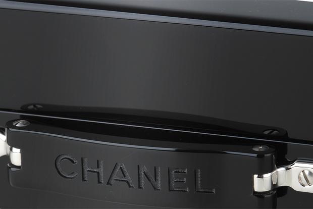 клатч-чемодан Chanel