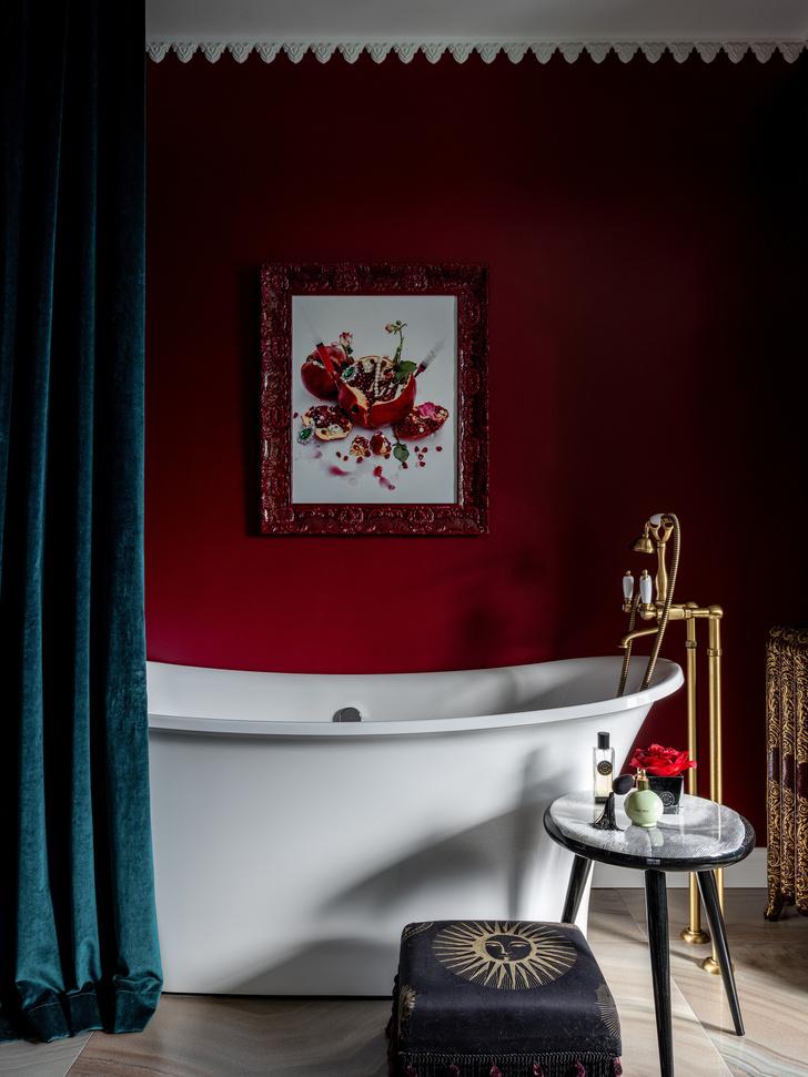 Вопрос эксперту: как встроить отдельно стоящую ванну в комнату 5 м² ? (фото 0)