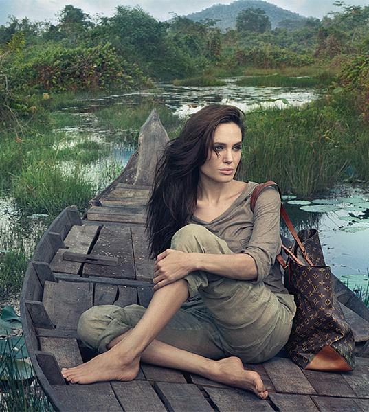 Анджелина Джоли для Louis Vuitton. Камбоджа, 2011