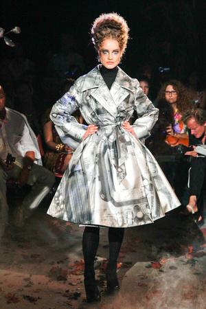 Показ Franc Sorbier коллекции сезона Осень-зима 2010-2011 года Haute couture - www.elle.ru - Подиум - фото 168071