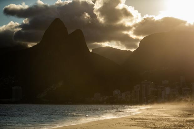 Как выглядит опустевший Рио-де-Жанейро (фото 14)