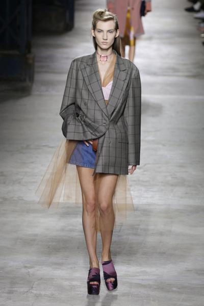 Неделя моды в Париже 2015: день второй | галерея [2] фото [12]