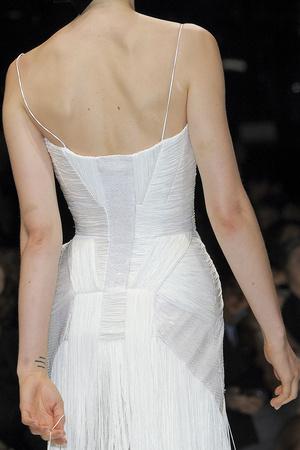 Показ Versace коллекции сезона Весна-лето 2011 года Prêt-à-porter - www.elle.ru - Подиум - фото 185790