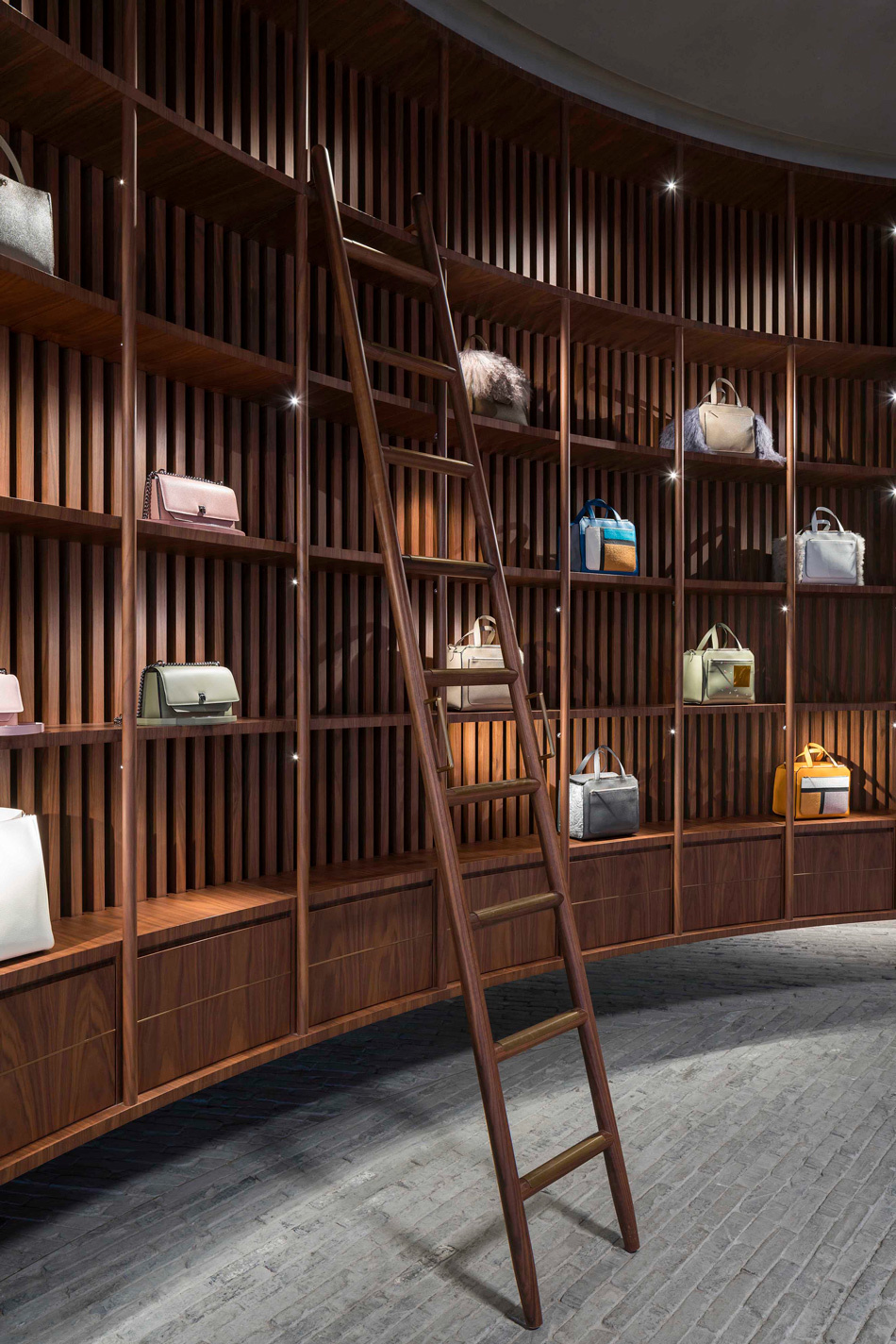 Дизайнерский бутик Valextra в Китае (галерея 6, фото 1)