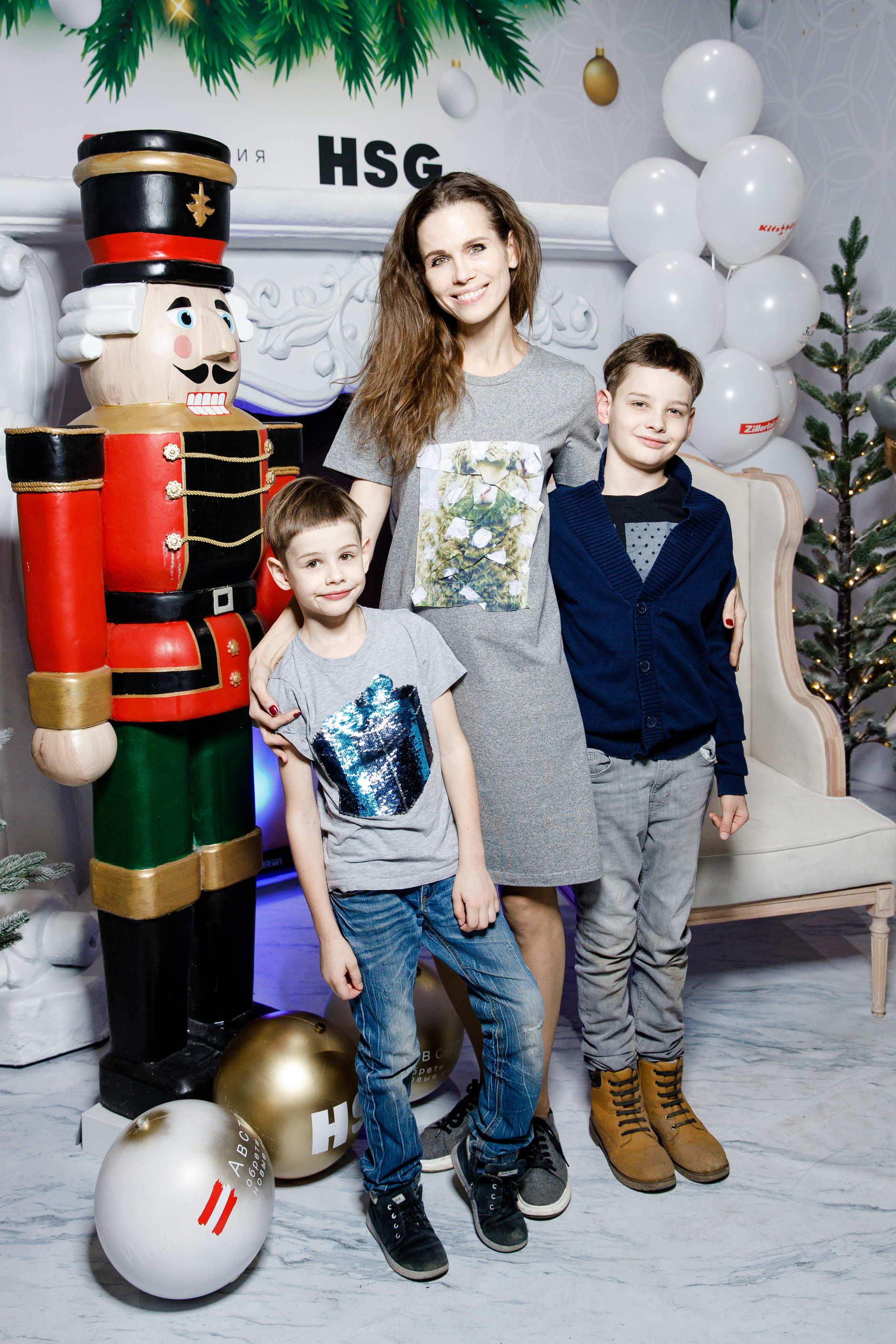 Детская новогодняя елка Hearst Shkulev Group (галерея 7, фото 5)