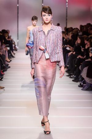 Показ Giorgio Armani Privé коллекции сезона Весна-лето 2018 года Haute couture - www.elle.ru - Подиум - фото 676591