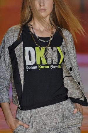 Показ DKNY коллекции сезона Весна-лето 2009 года Prêt-à-porter - www.elle.ru - Подиум - фото 72755