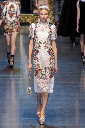 Показ Dolce & Gabbana коллекции сезона Осень-зима 2012-2013 года Prêt-à-porter - www.elle.ru - Подиум - фото 367870