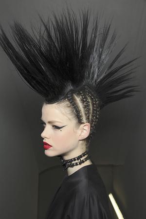 Показ Jean Paul Gaultier коллекции сезона Весна-лето 2011 года Haute couture - www.elle.ru - Подиум - фото 218176