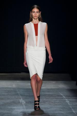Показы мод Narciso Rodriguez Весна-лето 2013 | Подиум на ELLE - Подиум - фото 1236