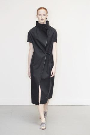 Показ Atelier Gustavo Lins коллекции сезона Осень-зима 2010-2011 года Haute couture - www.elle.ru - Подиум - фото 167274