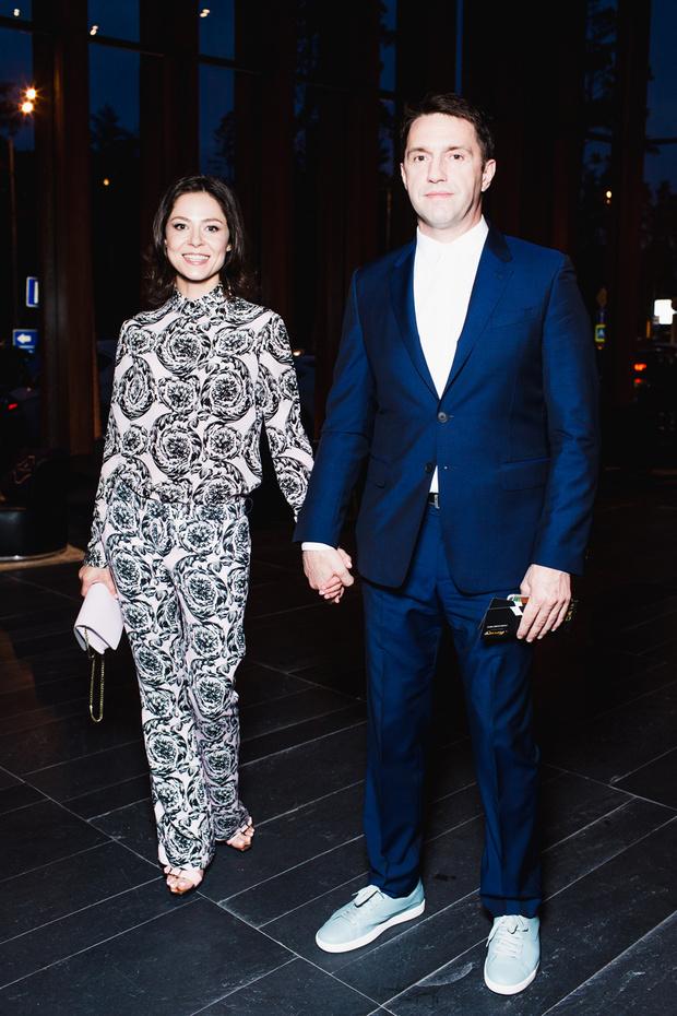 Елена Лядова в Versace