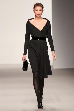 Показы мод Jasper Conran Осень-зима 2012-2013 | Подиум на ELLE - Подиум - фото 1593