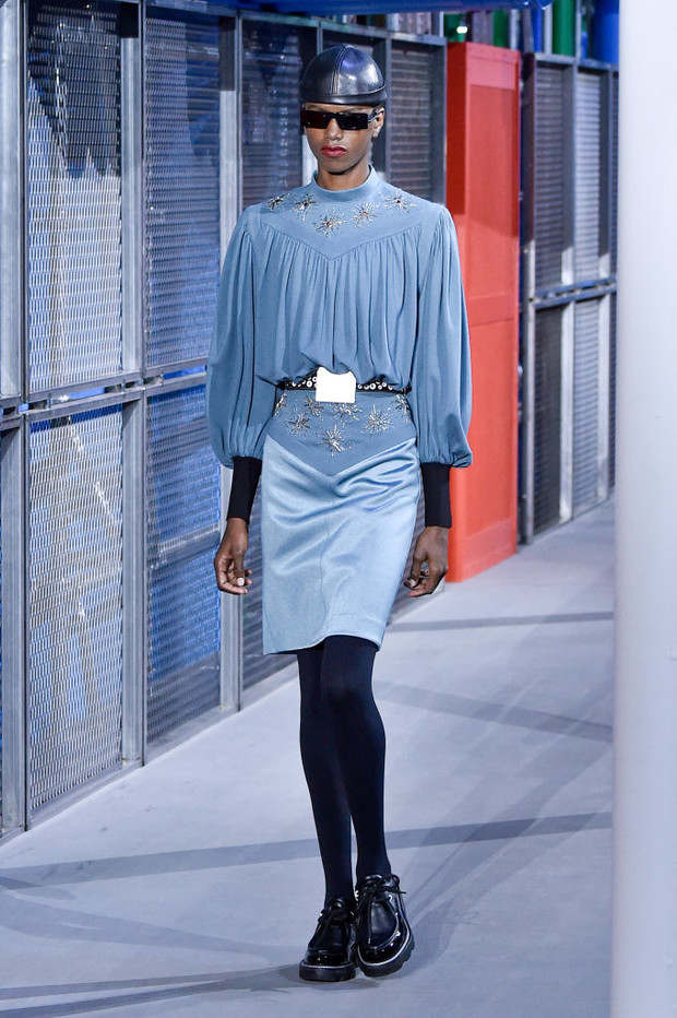 От хип-хопа до фанка 1980-х: смешение стилей на показе Louis Vuitton? (фото 4)