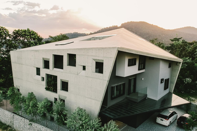 Дом с множеством окон в Малайзии (галерея 3, фото 0)