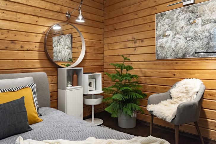 Домик в лесу: светлый интерьер в стиле лаунж (фото 6)