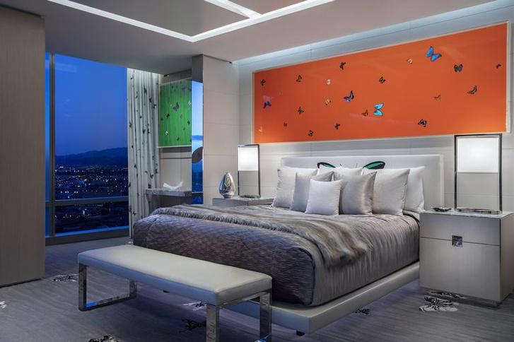 Дэмиен Херст оформил номер в отеле Palms Casino Resort (фото 9)