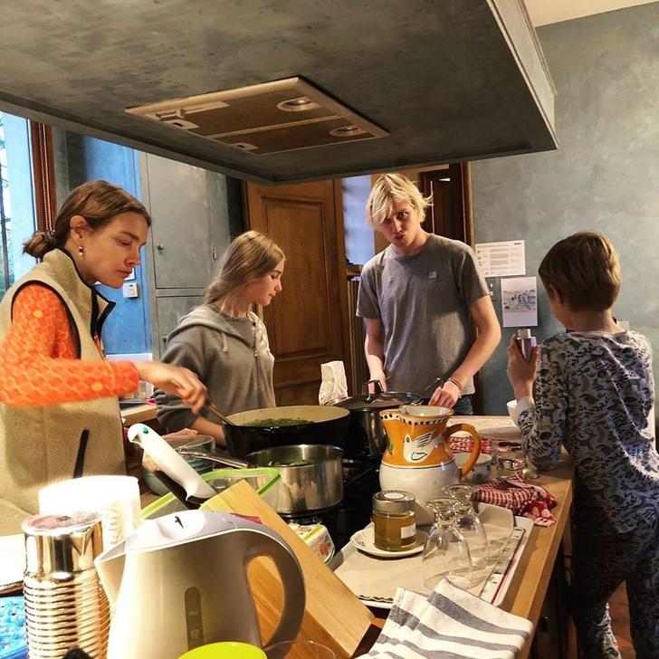 Кто здесь шеф: семейный обед Натальи Водяновой (фото 1)