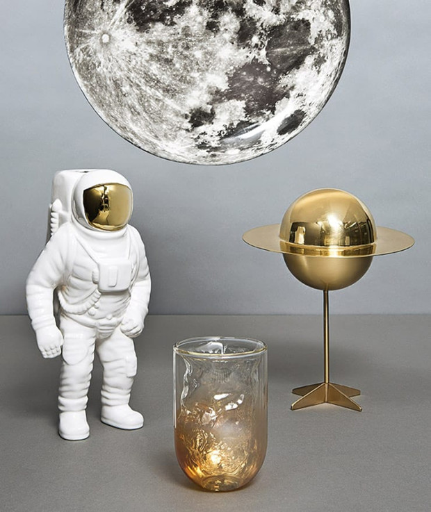 Предметы на тему космоса