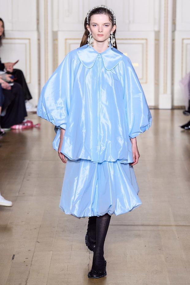 Хлоя Севиньи стала моделью на показе Simon Rocha в Лондоне (фото 4)