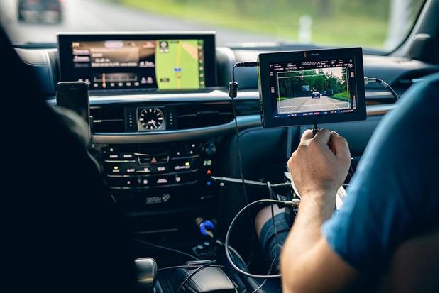 Автомобили Lexus в экранизации романа Виктора Пелевина (фото 5)
