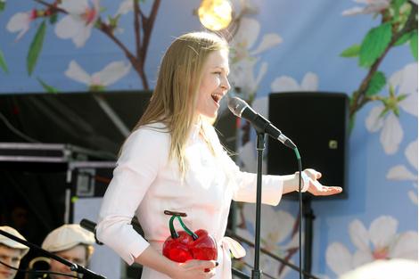 Посадка вишневых деревьев в рамках фестиваля «Черешневый лес» | галерея [1] фото [3]