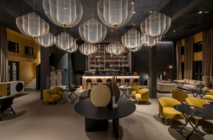 Monograph: дизайн-отель с баром и рестораном в Тбилиси (фото 16)