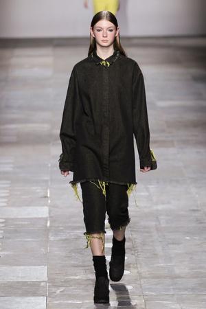 Показ Fashion East коллекции сезона Осень-зима 2012-2013 года Prêt-à-porter - www.elle.ru - Подиум - фото 356132