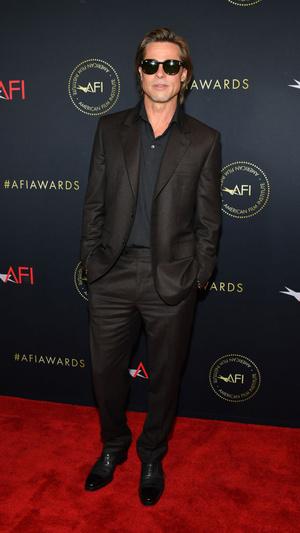 Сезон киновечеринок объявляется открытым: Брэд Питт, Леонардо Ди Каприо, Сирша Ронан и другие гости AFI Awards (фото 1.1)