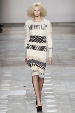 Показ Fashion East коллекции сезона Осень-зима 2012-2013 года Prêt-à-porter - www.elle.ru - Подиум - фото 356129