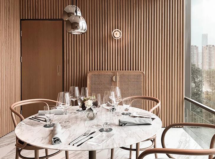 Французский ресторан с зеркальным потолком в Гуанчжоу (фото 3)