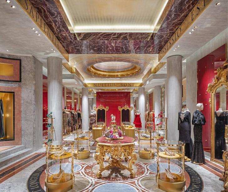 Экстравагантный бутик Dolce&Gabbana в Риме (фото 6)