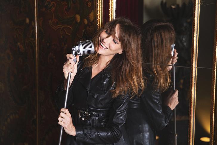 Карла Бруни: «Я утонченная парижанка днем и панк-принцесса ночью!» (фото 9)