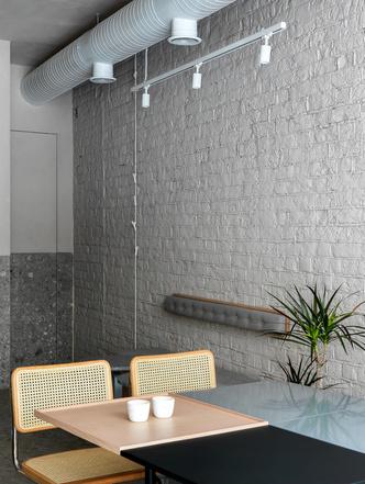 Минималистское кафе в Казани (фото 8.1)